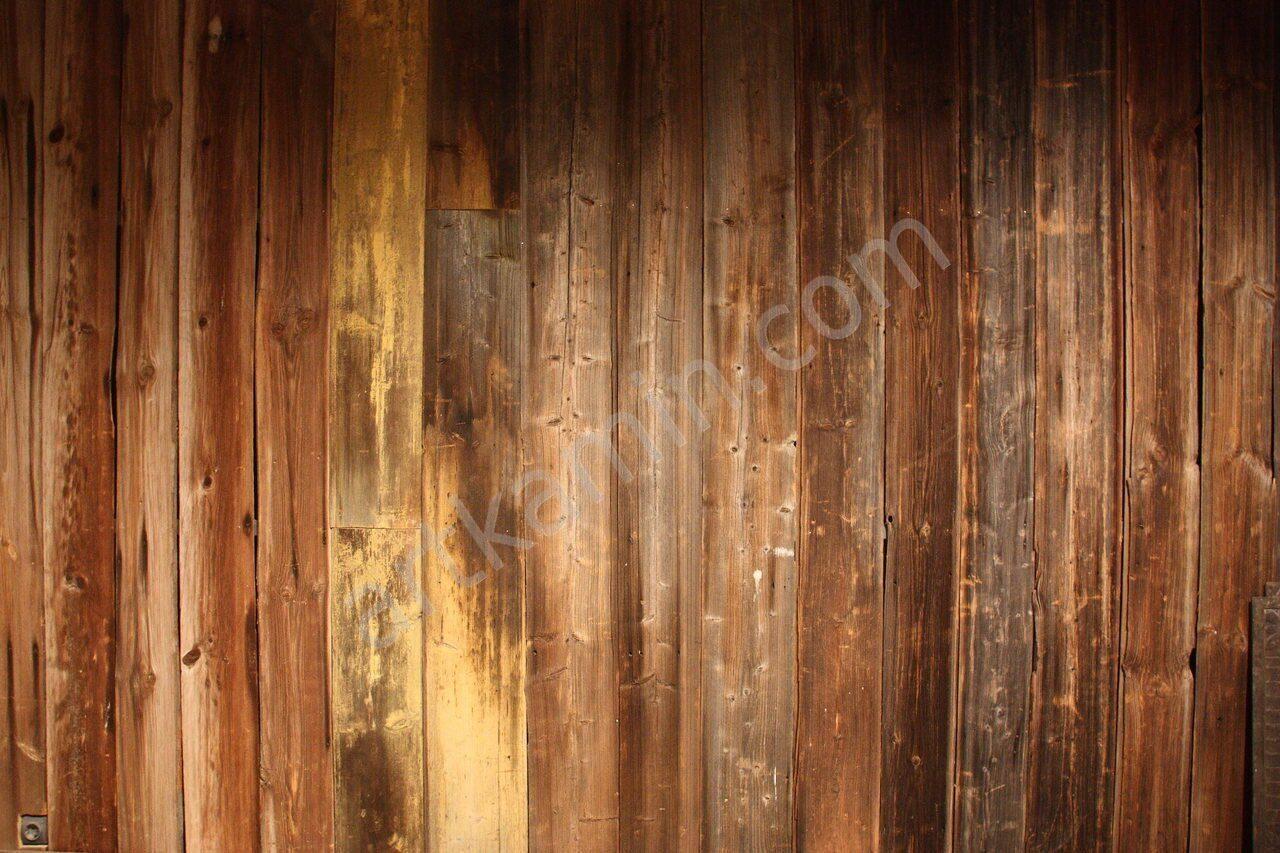 Старая амбарная доска в интерьере