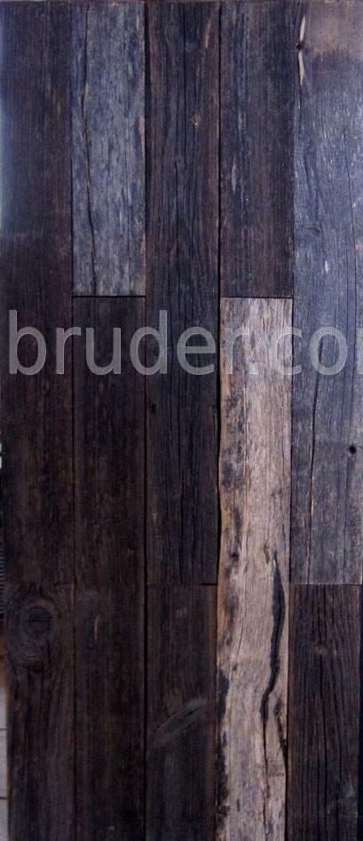 Стена из старой доски в интерьере