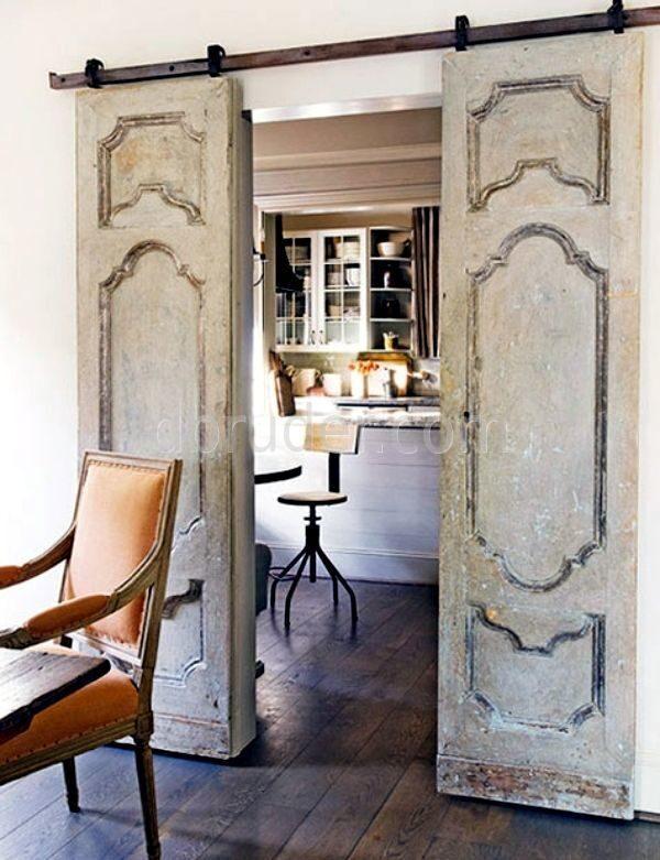 Старая дверь в интерьере - Старая дверь из массива: реставрация своими руками